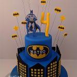 Batman batcake