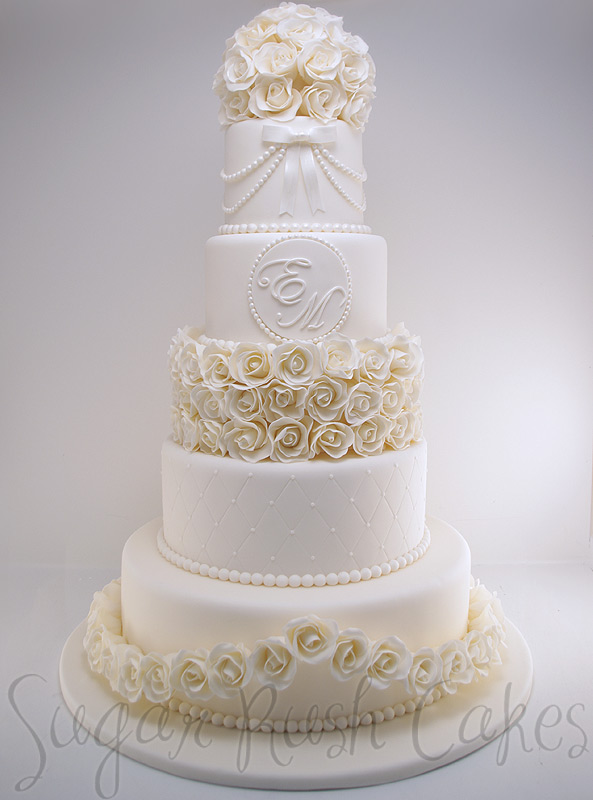 wedding cakes montreal wed 5t 100 roses 25049